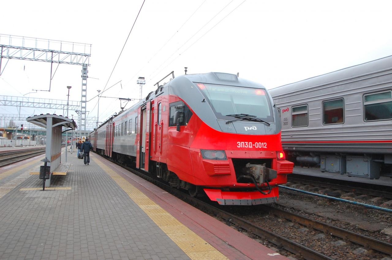 В условиях действия ограничительных мер своевременно добраться из Таганрога в Ростов жители могут на электричках