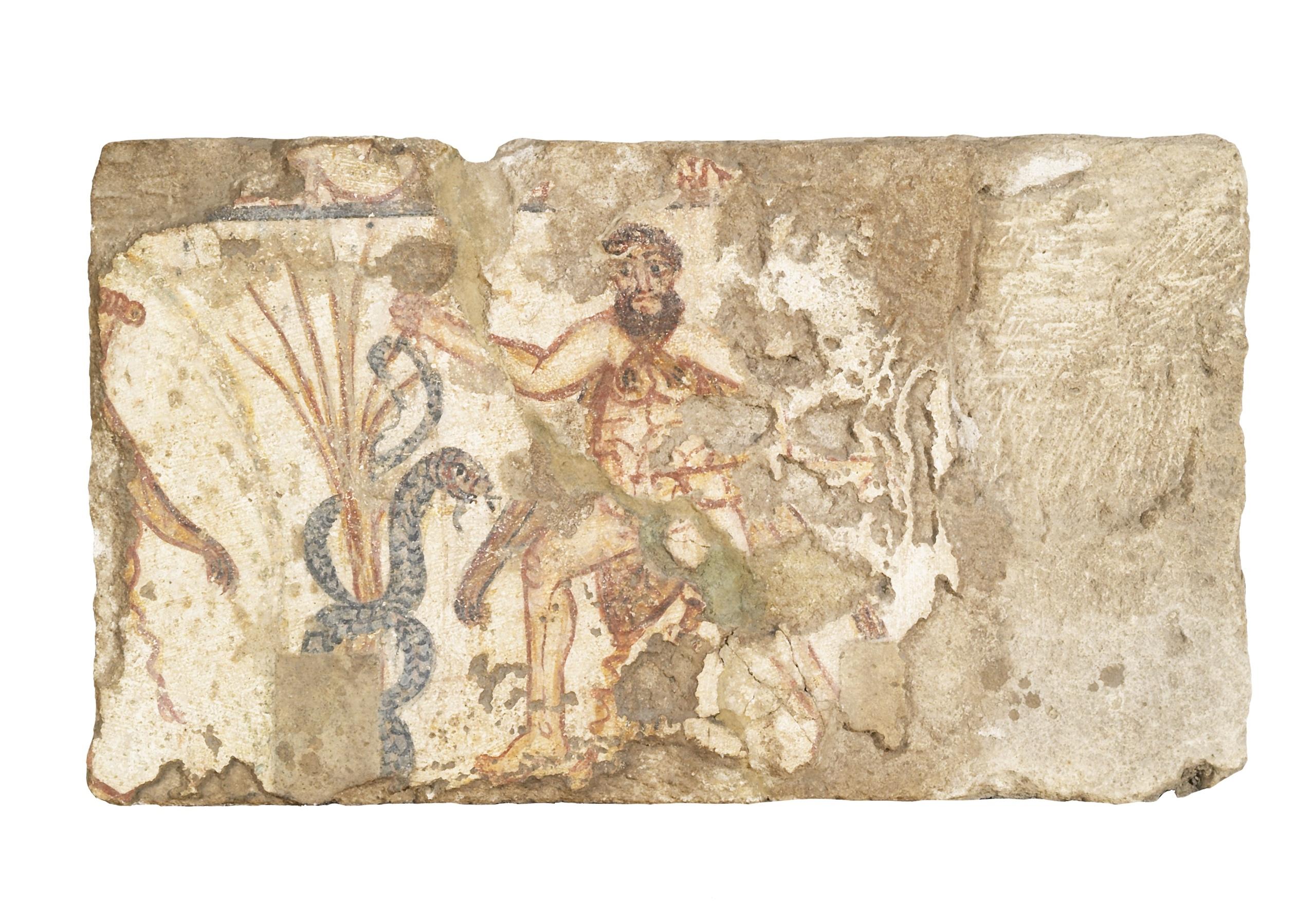 «Склеп Геракла», изображение №2