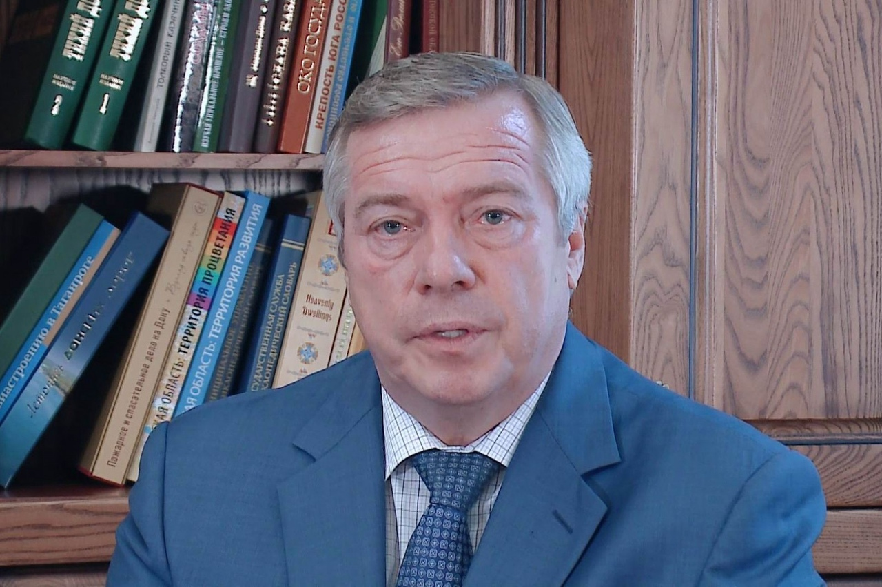 Губернатор Ростовской области Василий Голубев разрешил прогулки и работу парикмахерских